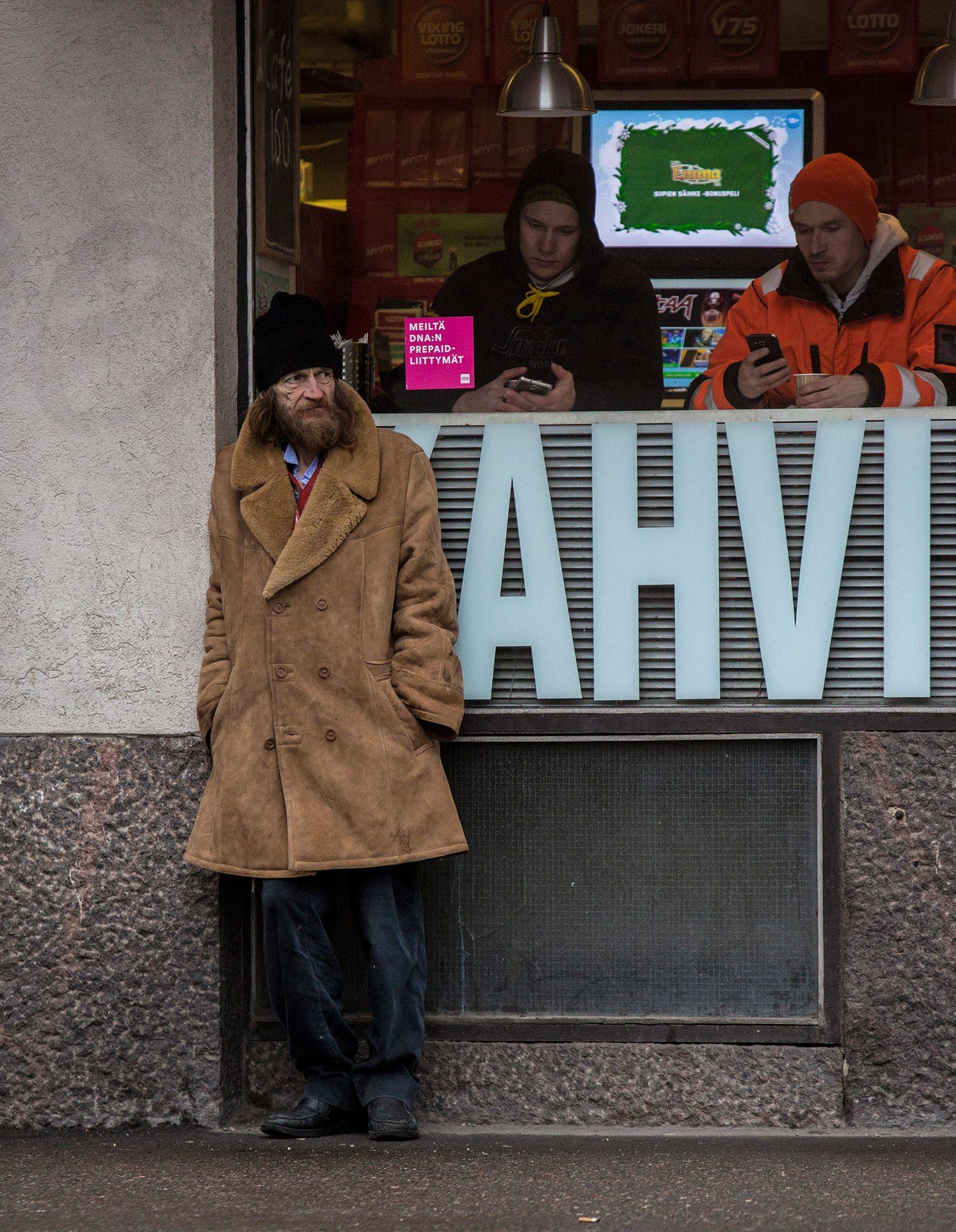 Kahvi, Helsinki, Finland, beggar, vagabond, cold, lonely, hard life, live, man, hungry, poor