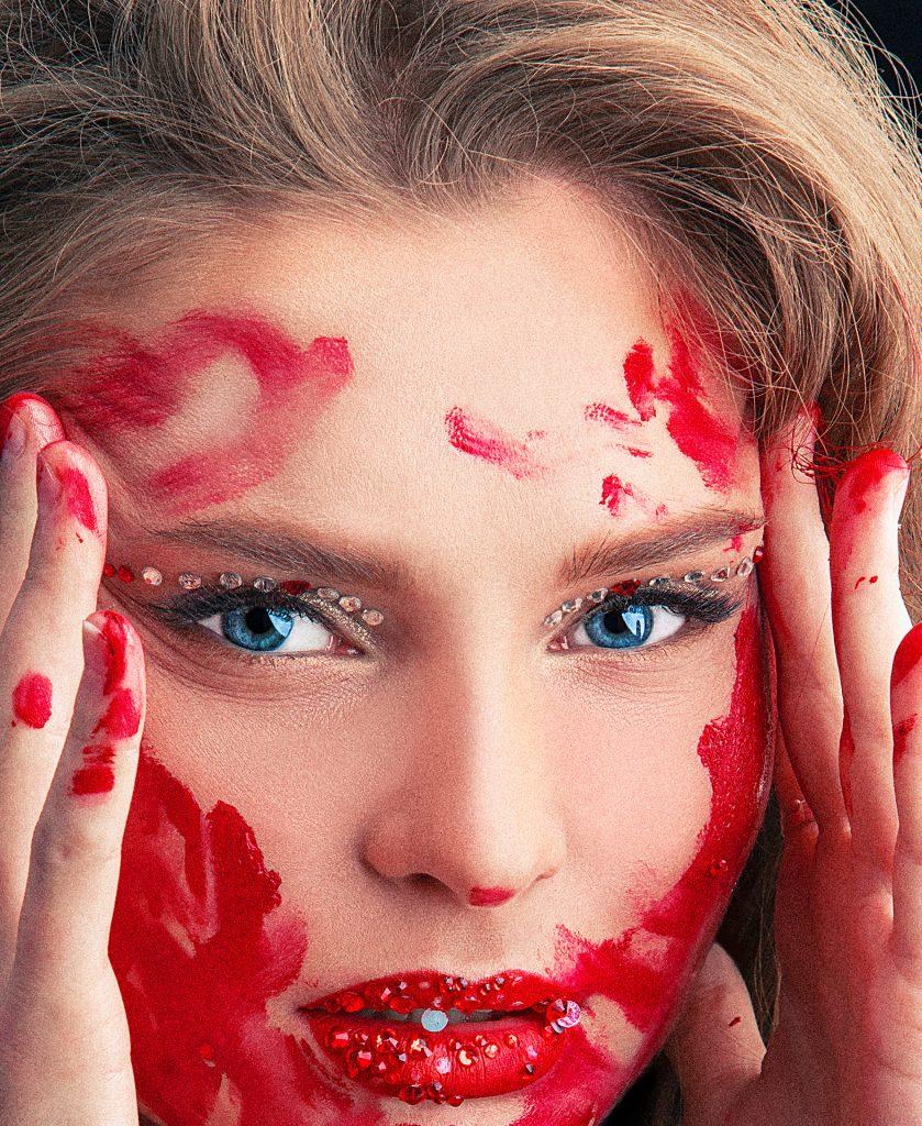 Anastassia Popova, glamoure, lips, strasses. kitsch