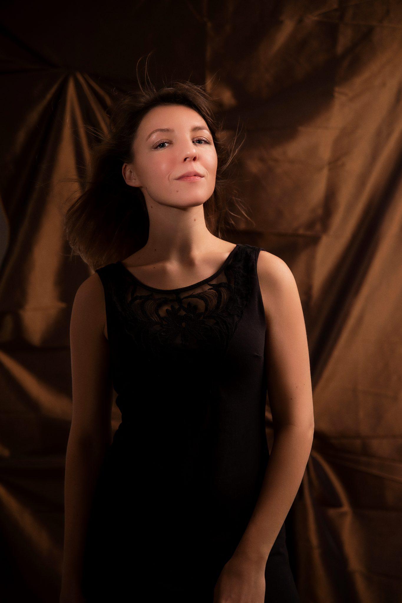 Uliana, studio, muotokuva, valokuvaaja, portrait, valokuvaus