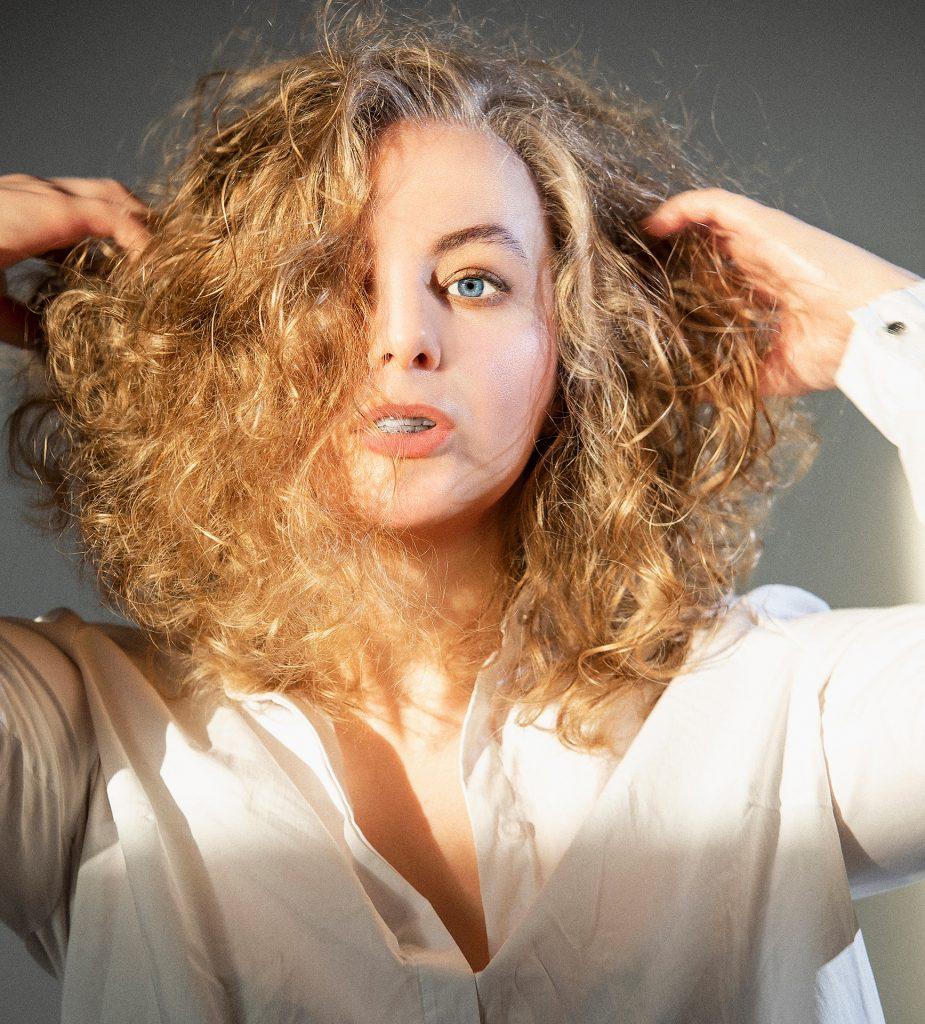 Inna Kapanen, girl, curls, curly, blonde