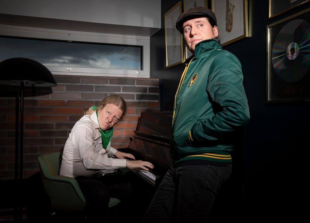 Matti Mikkola, Otto Grundström, Tehosekoitin