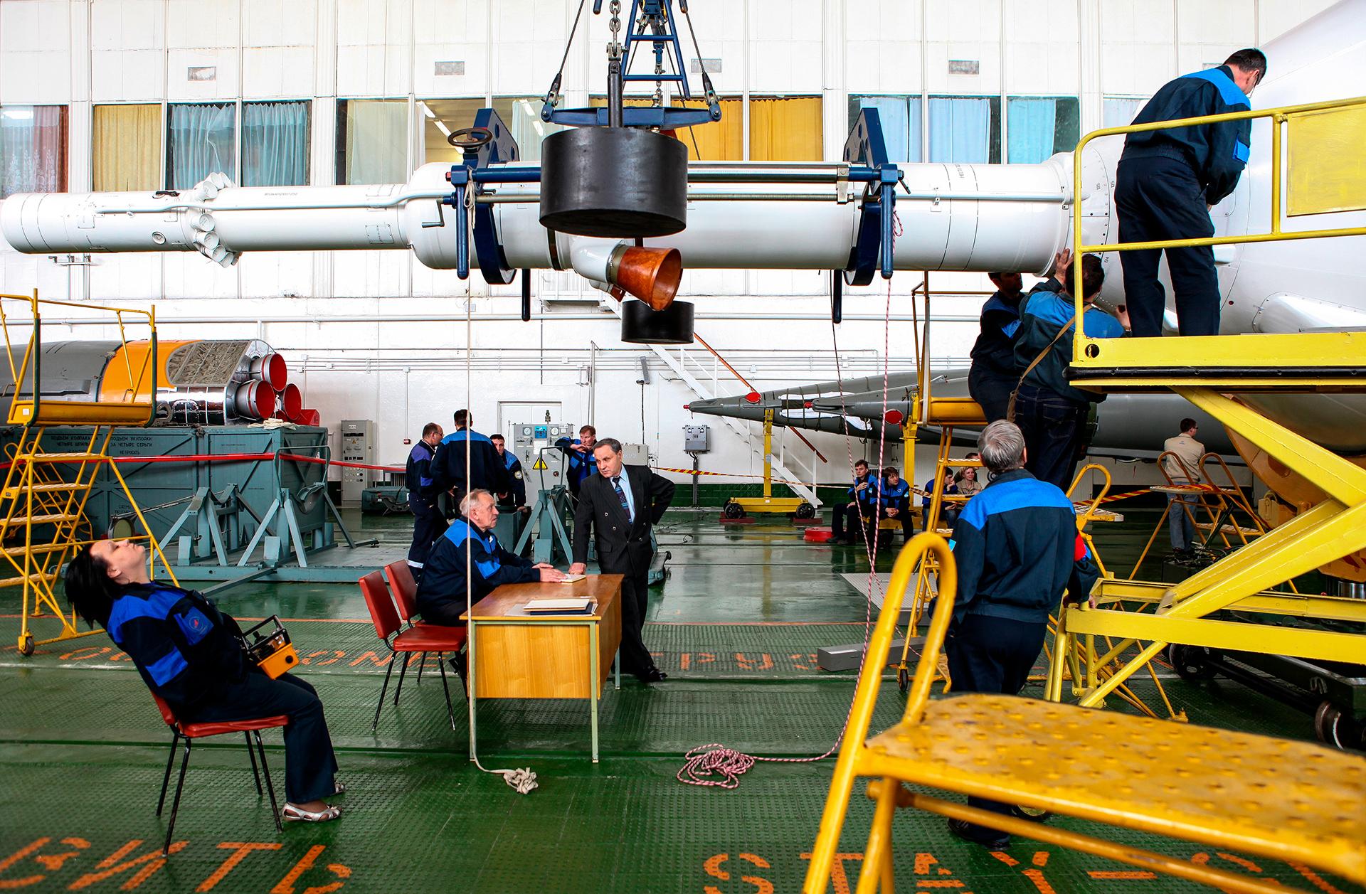 Soiuz rocket launching, Baikonur 2010, Kazakhstan, ракета, Союз, институт Энергия