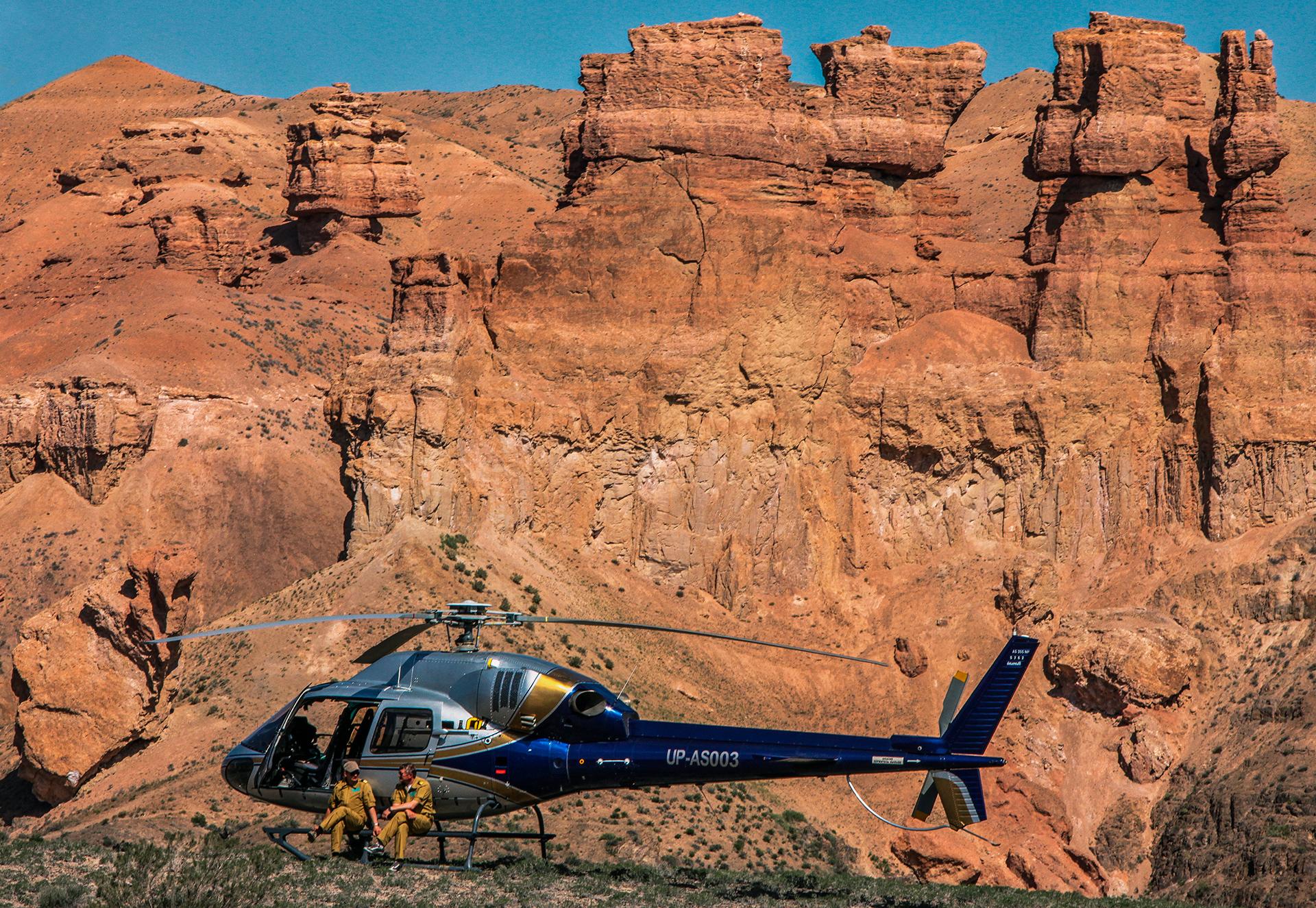 Charyn canyon, Kazakhstan, Almaty, rocks, helicopter, pilots