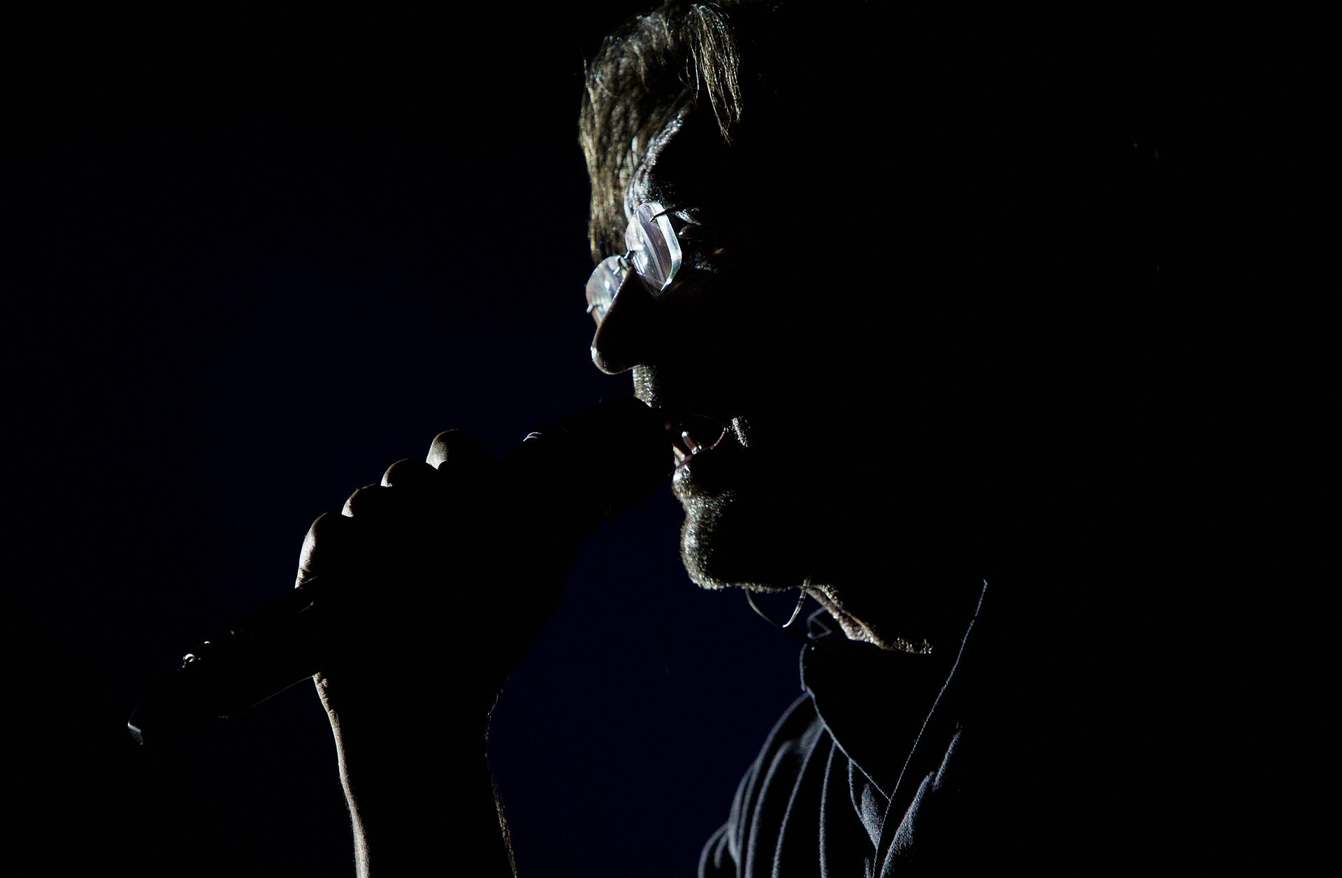 Yuri Shevchuk, DDT-band, Vocals, guitar, Rock, jazz, певец, композитор, поэт, художник, музыкальный продюсер, рок-музыкант, актёр, музыкант, автор-исполнитель, баритон, гитара альт-саксофон, вокал, хард-рок, фолк-рок, джаз-рок, бард-рок, индастриал, экспериментальный рок, авторская песня, блюз, ДДТ, Рок-группа