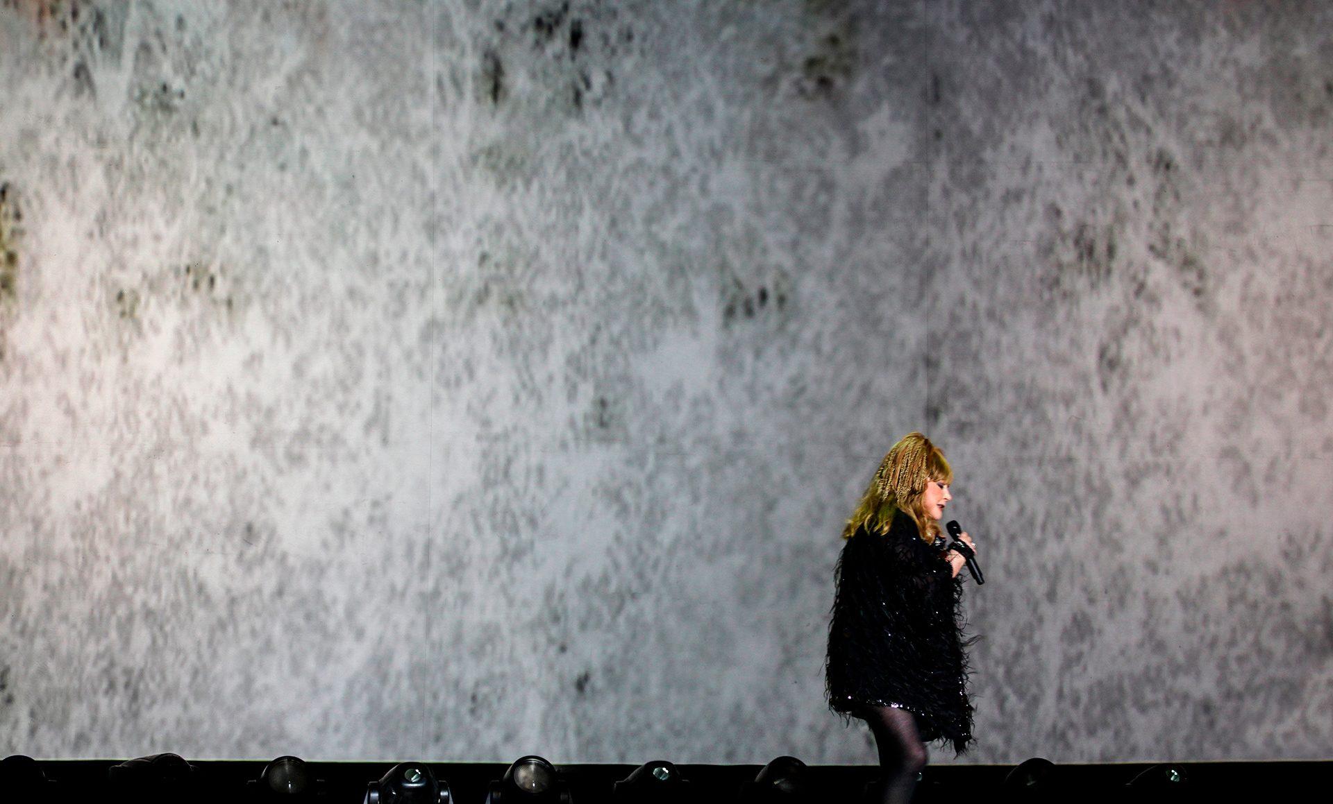 Alla Pugacheva, farewell tours Almaty, show, pop singer, concert., gig, Алла Пугачёва