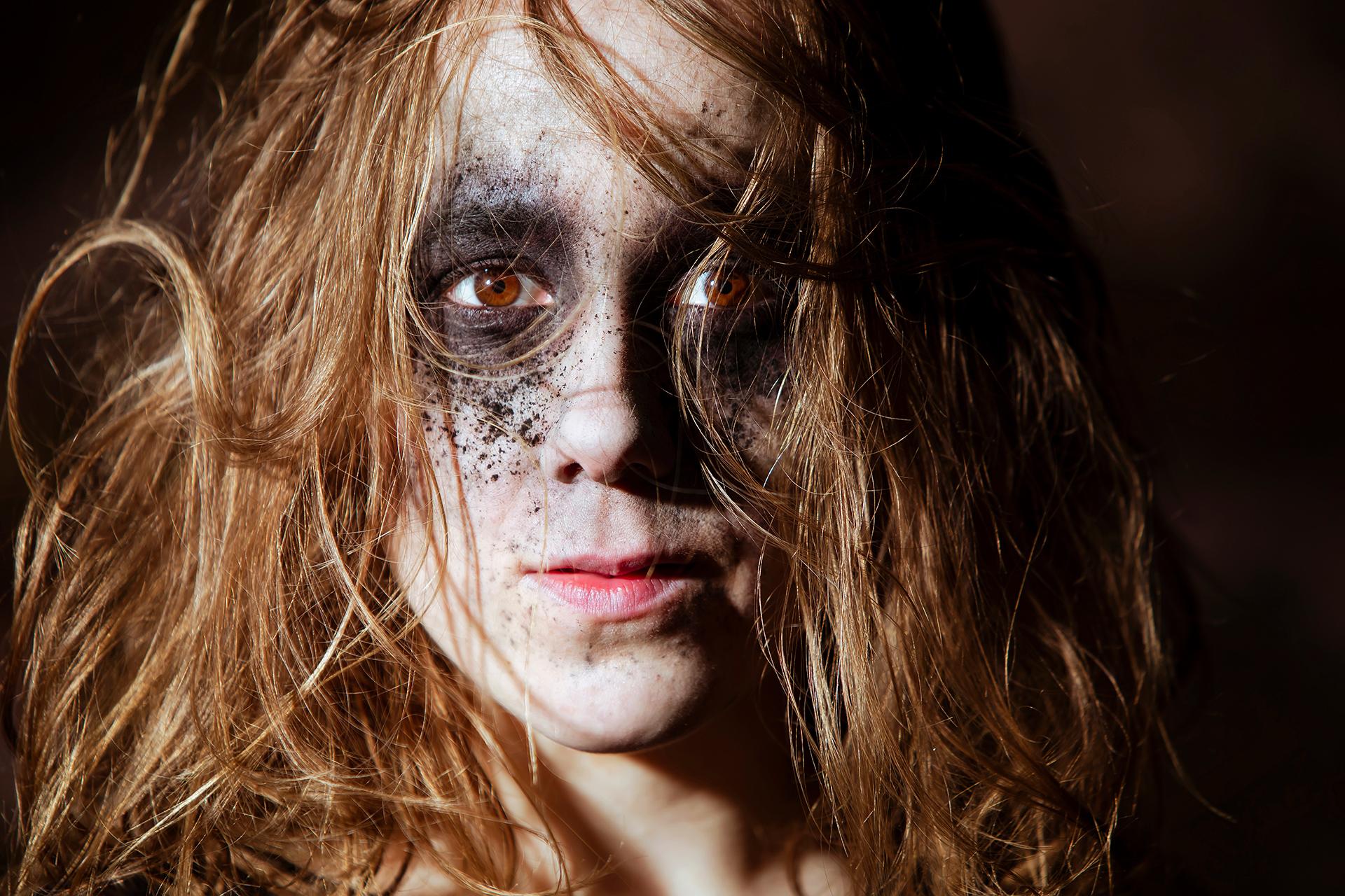 Stella Laine, Lauttasaari, Suomi, Finland, island, Helsinki, art, model, swan, daemon, dark, aesthetics, Baltic sea