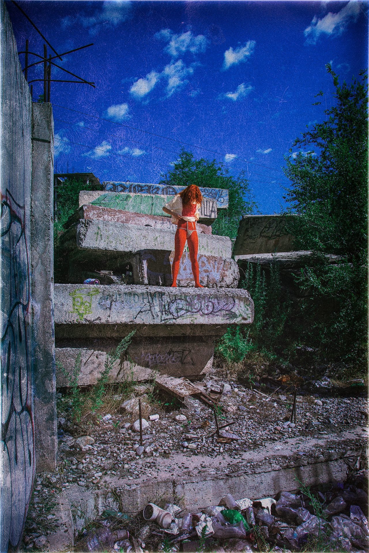 Peace of Meat, exhibition, Photographer, Ivan Bessedin, Model, Eugenia Fattahova, Fashion, designer, Indira Muratova, Almaty, art, model, style, abandoned, photo session, photoset, photography, thrash, trash, garbage, pollution, ecology, dirty, red girl, concrete, cans, reinforcement, armature, red stockings, bra